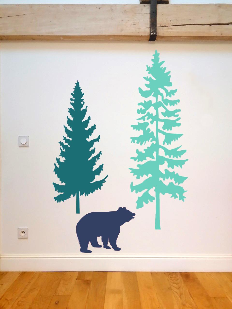 2 sapins 1 ours bleu