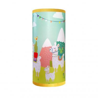 Lampe de chevet tube, thème lamas, tons vert et jaune.