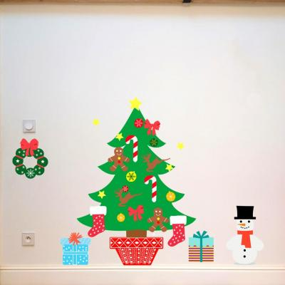 Stickers, décoration murale, thème Sapin de Noël à décorer.